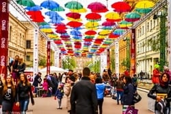 Alley of floating umbrellas will appear again in St. Petersburg
