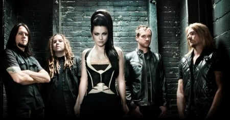 Return of the legend. The Evanescence Concert