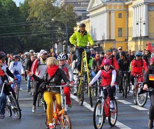 In St. Petersburg starts the clock on the city's network of bike rental